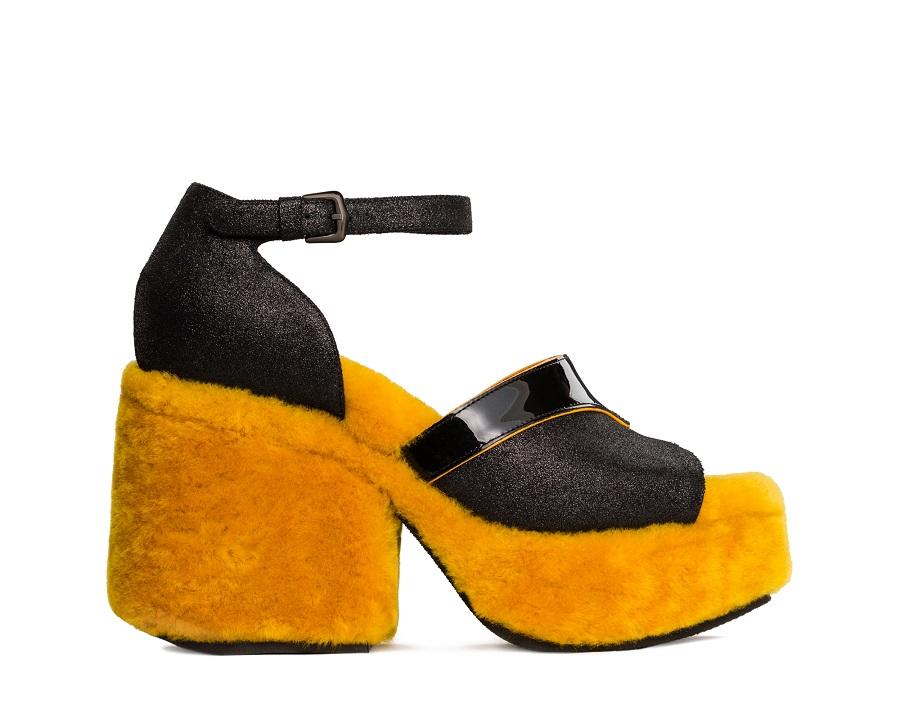 d941861bf Модель предлагается в виде ботинок в винтажном стиле, а также в виде дерби  и лоферов. Ботинки High England — один из хайлайтов коллекции.