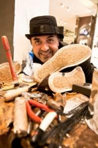 """Rocco Pistolesi: """"Wir erwerben Dinge, die unser Leben nicht belasten, sondern dekorieren"""""""
