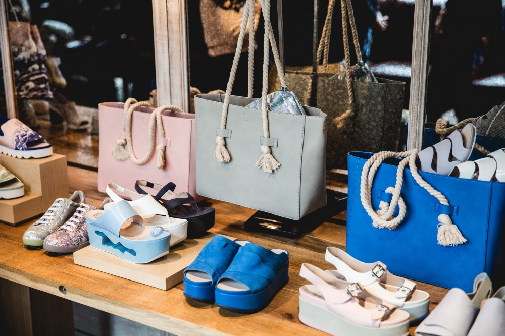 Econika and Alena Akhmadullina presented a new capsule collection of spring-summer 2016 shoes