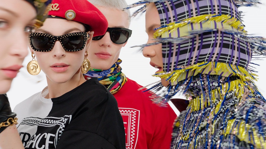 Michael Kors acquired Versace fashion house for 1,83 billion euros