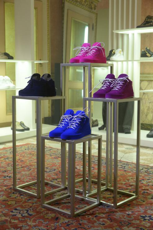 Neon velvet - in the Giuseppe Zanotti collection fall'17