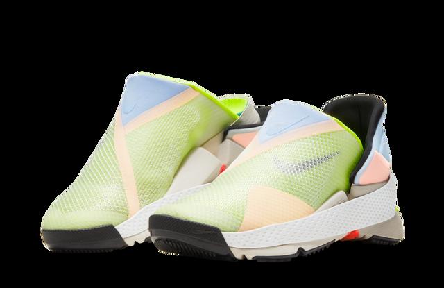"""Nike ha rilasciato le sneakers che """"scarpa senza mani"""""""