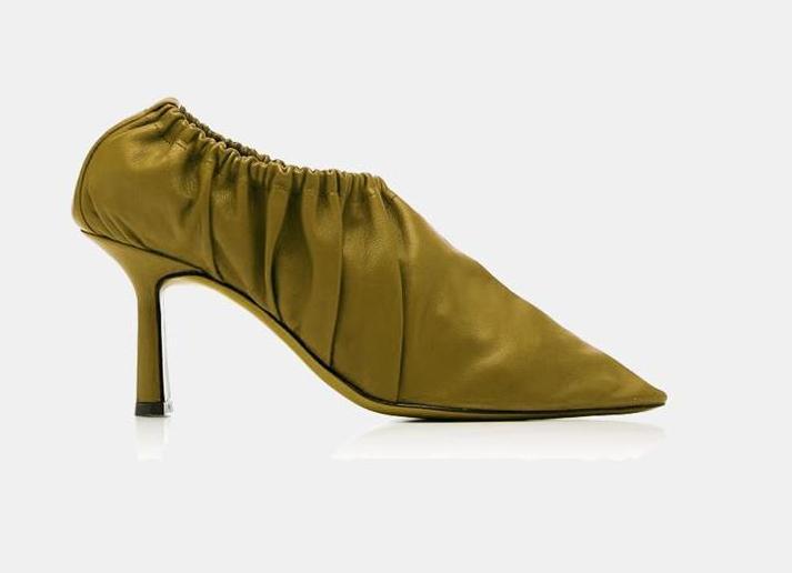 Construction: shoe covers