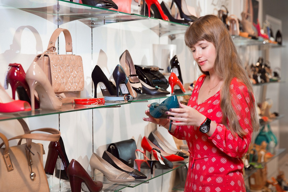 Non-cash sales of Shoe of Russia increased 2,4 times