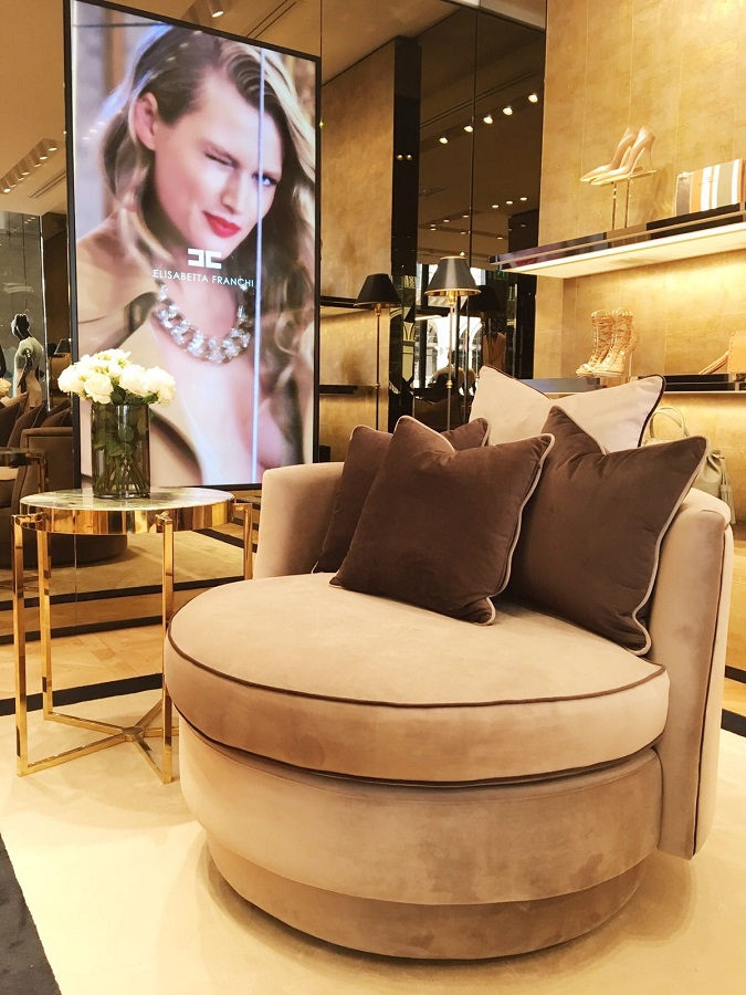 In Paris, the opening of the boutique Elisabetta Franchi