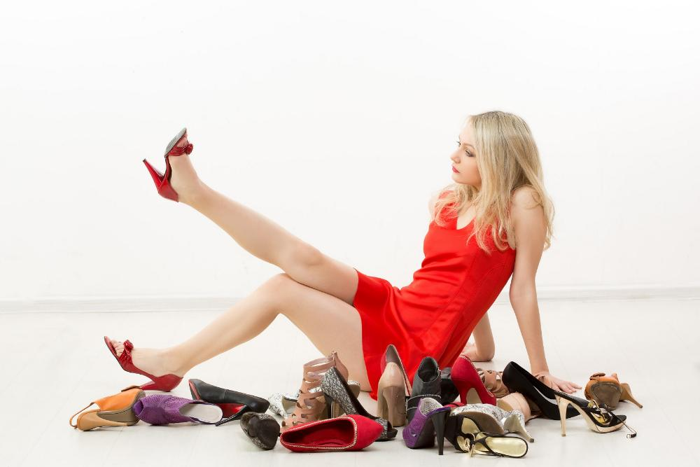 Five components that hamper the development of retail sales of shoes and accessories
