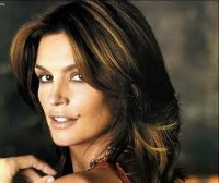 Cindy Crawford will register his name in Russia as a trademark for the sale of clothing and shoes