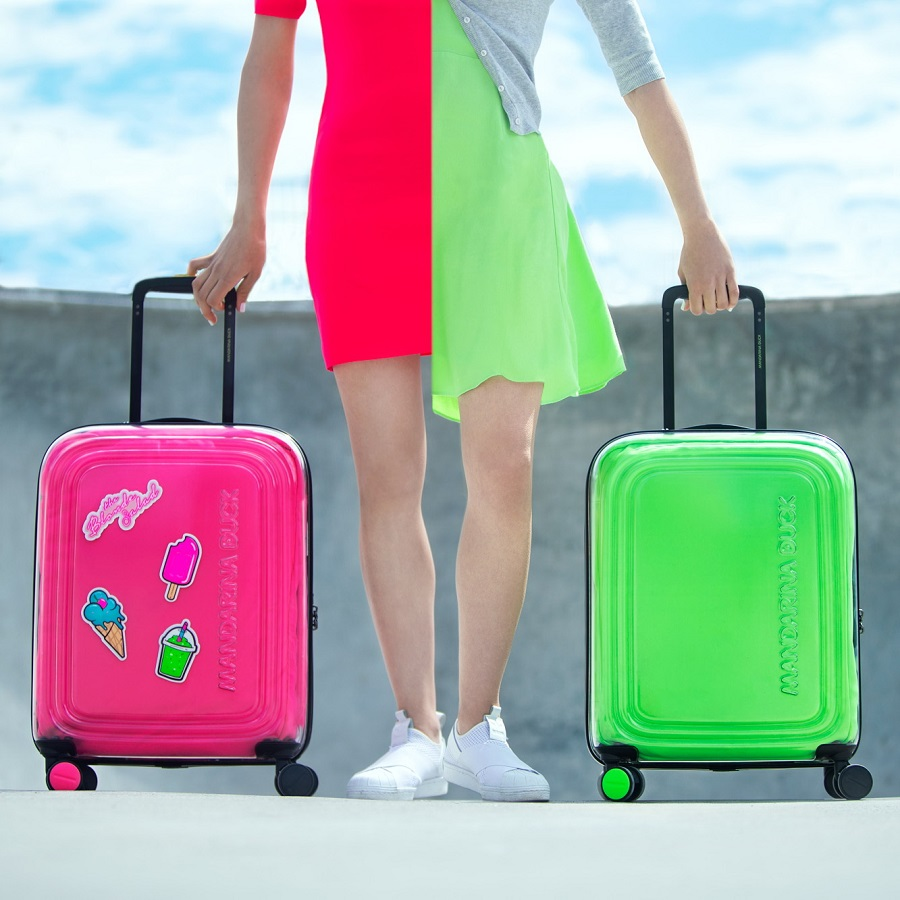 The new Popsicle suitcase is the result of a collaboration between Mandarina Duck and The Blonde Salad