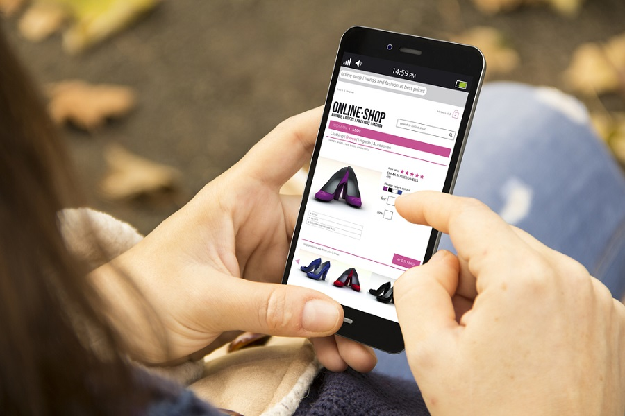 A third of online shopping in Russia is made from smartphones