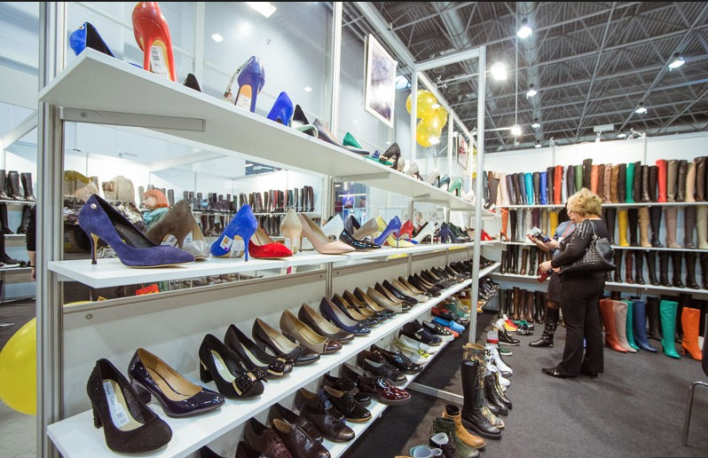 "Exhibition ""SibShoes-2015"" is taking place in Novosibirsk"
