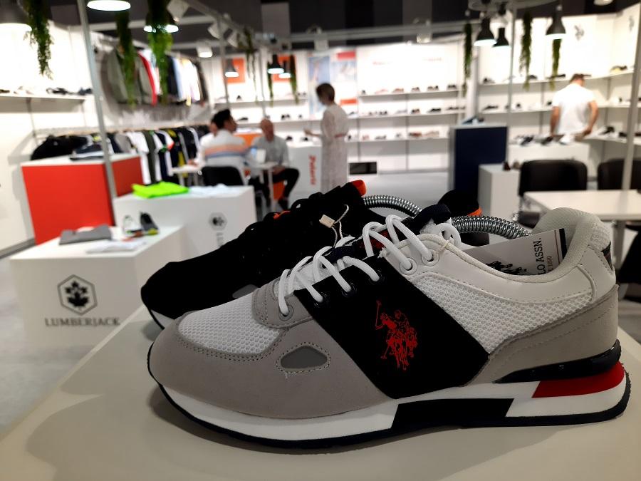 L'azienda turca Flo introduce 5 marchi di calzature nel mercato russo