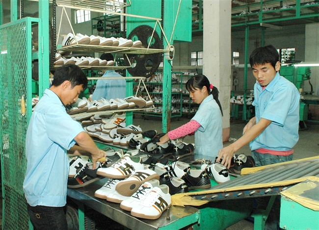 Vietnam seeks to increase shoe exports
