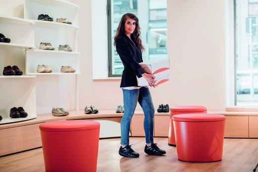 MVT introduced a new collection of shoes for the spring-summer season 2016