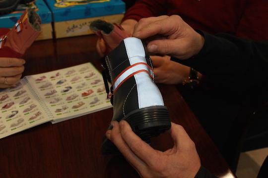 Zaraisk shoe factory has developed firefly boots