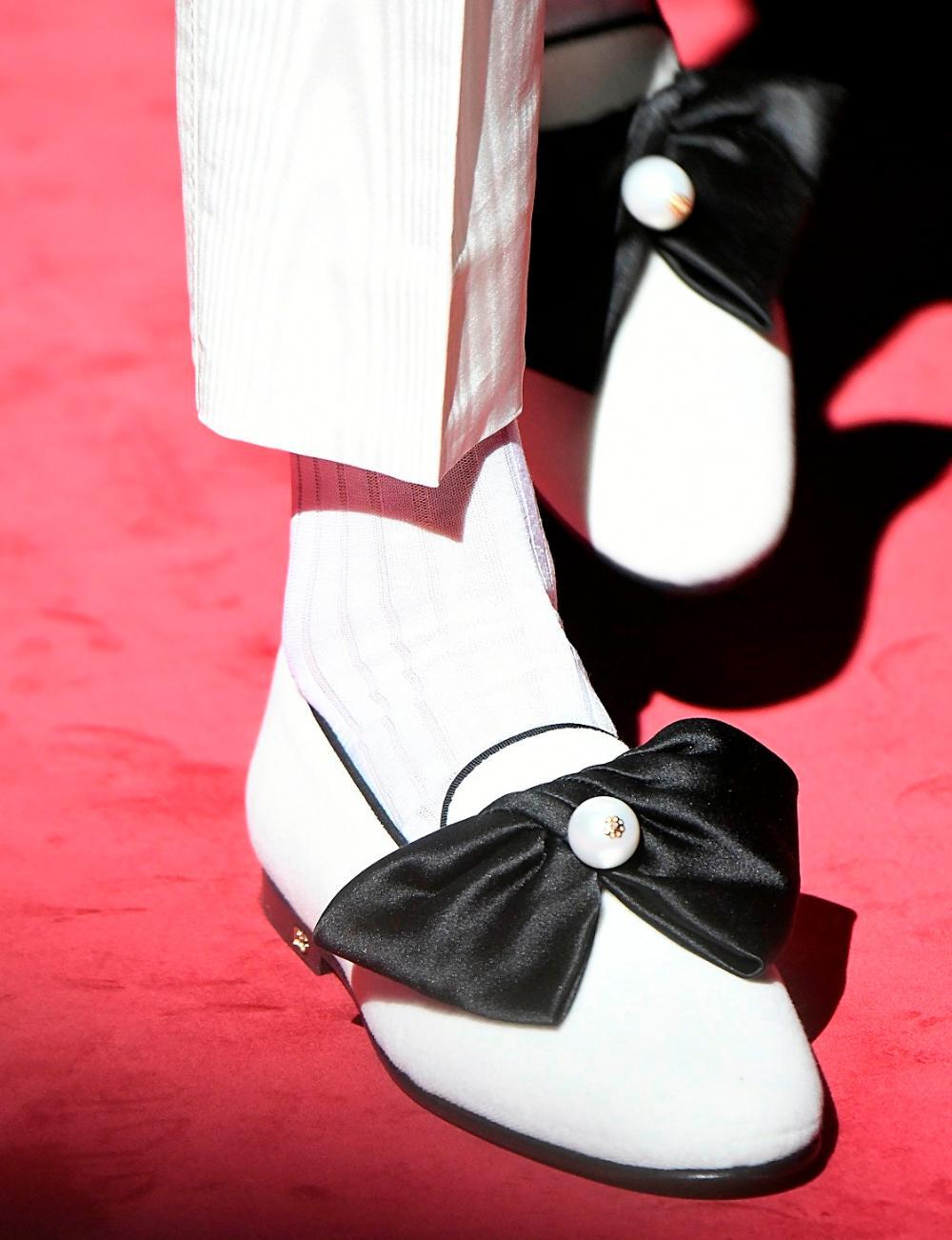 Design: loafer Decor: bow + bead