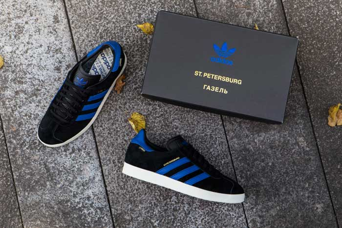Adidas released sneakers with the symbols of Moscow and St. Petersburg