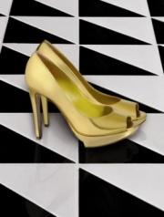 Pollini eröffnete eine Online-Boutique