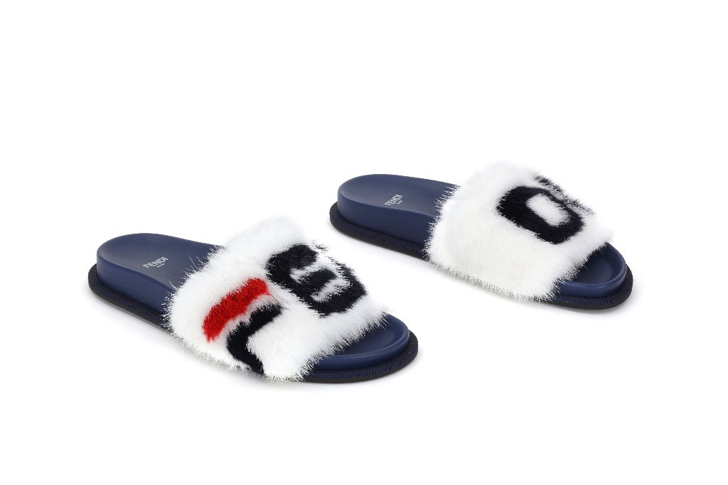 Fendi slippers from the new FendiMania collection, photo: Footwearnews.com