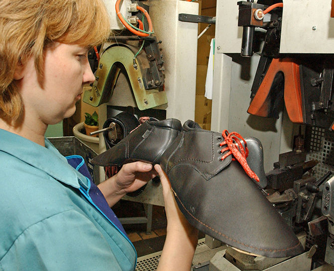 Prices for Russian shoes will rise by 25%