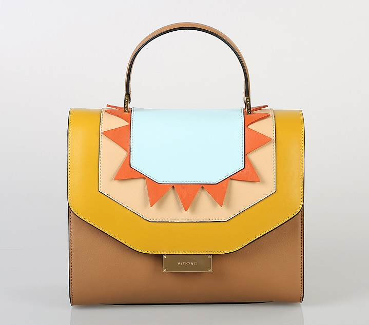 Neapolitan brand of leather bags Visone entered the Russian market