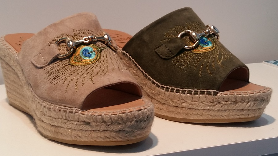 Trends Euro Shoes Premiere Collection - embroidery and ethnic ornament