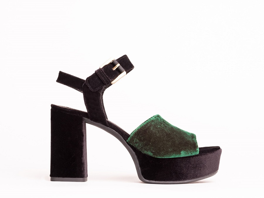 Geox has created a collection for lovers of heels and velvet