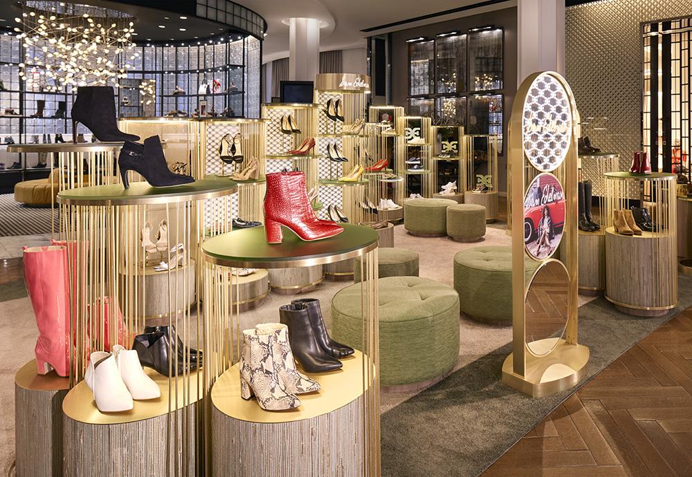 Le principali tendenze nella decorazione delle vetrine dei negozi di scarpe questo autunno e il prossimo inverno