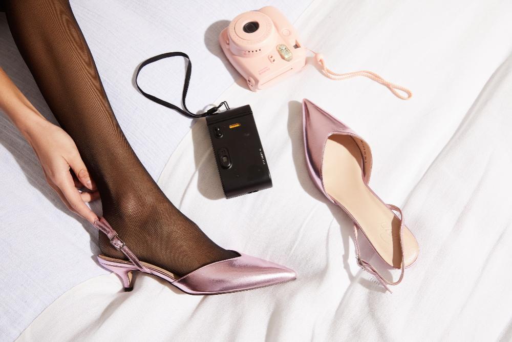 Marketing per un negozio di scarpe al dettaglio. Come incentivare i clienti a comprare con i regali