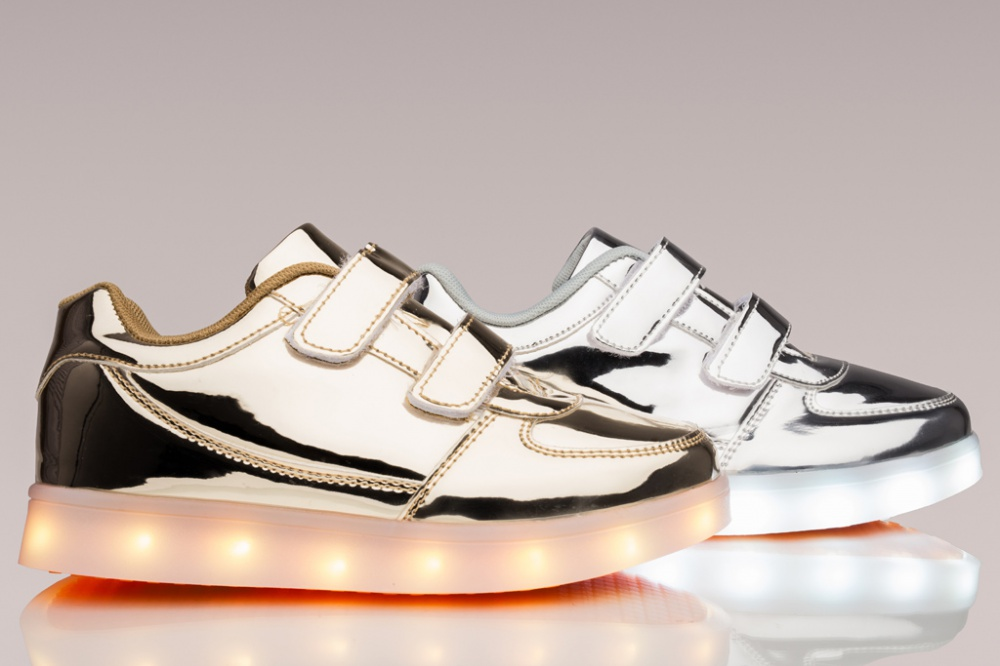 Flashy's offers LED sneakers for adults