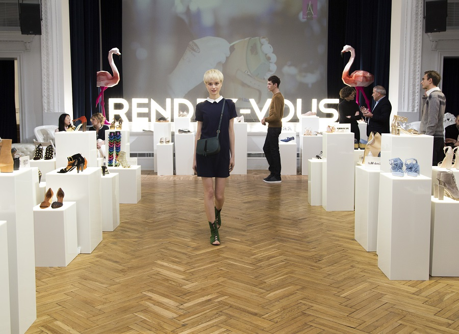 Network Rendez-Vous presented a collection of spring-summer 2017