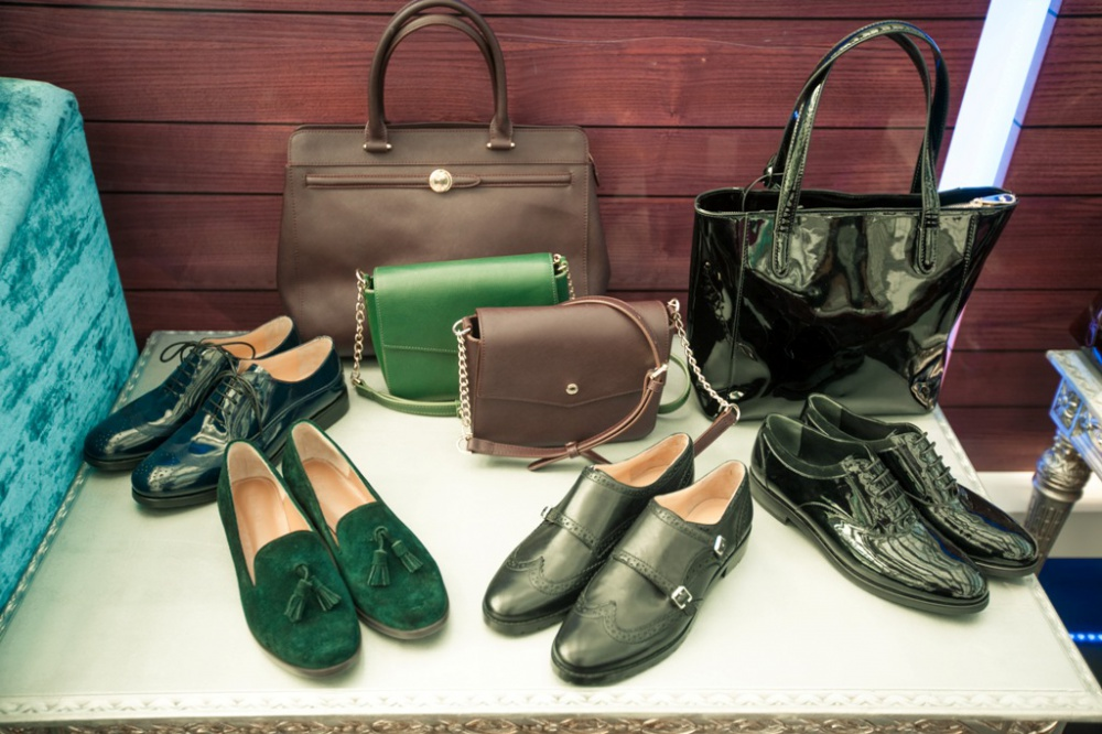 Alba presents a new collection of shoes and accessories for the fall-winter season 2015 / 16