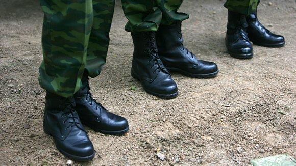 термобельем Часто обувь в российской армии под