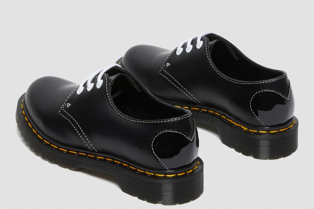 Dr. Martens, $ 130, Foto: Footwearnews.com