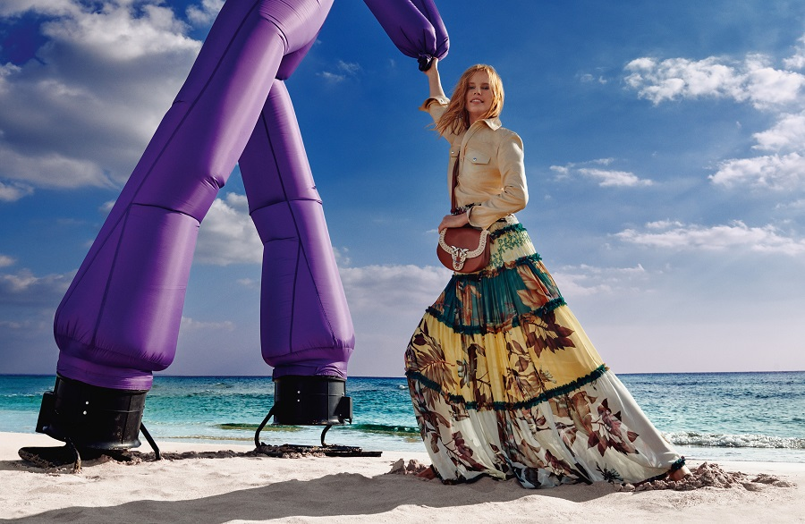 Pinko invites to dance in new spring / summer '21 ad campaign