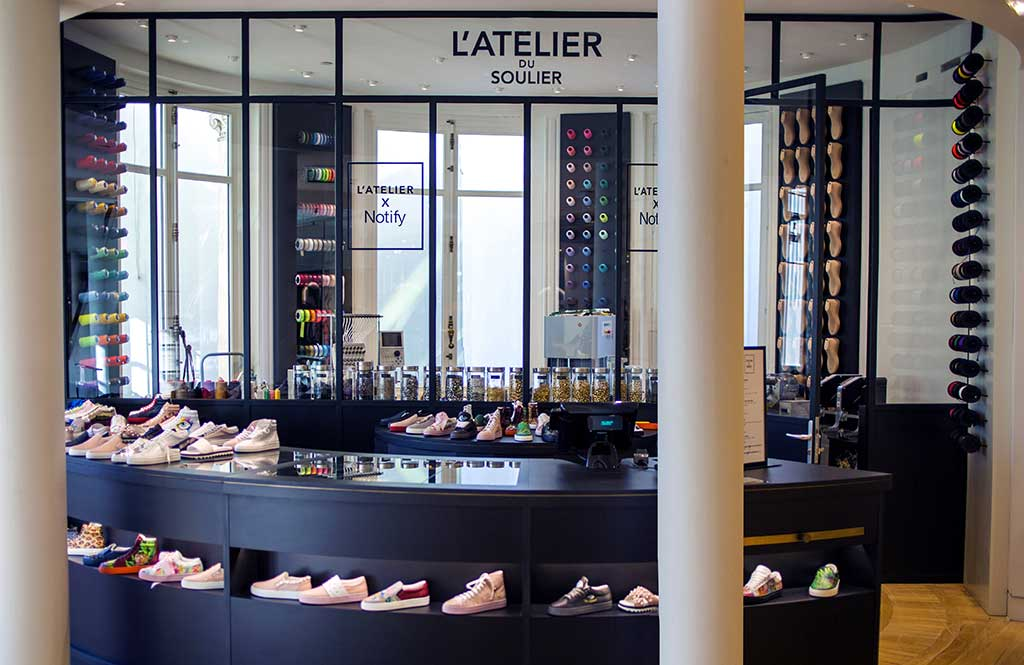 Le Bon Marché offered customers a service to create an individual pair of shoes