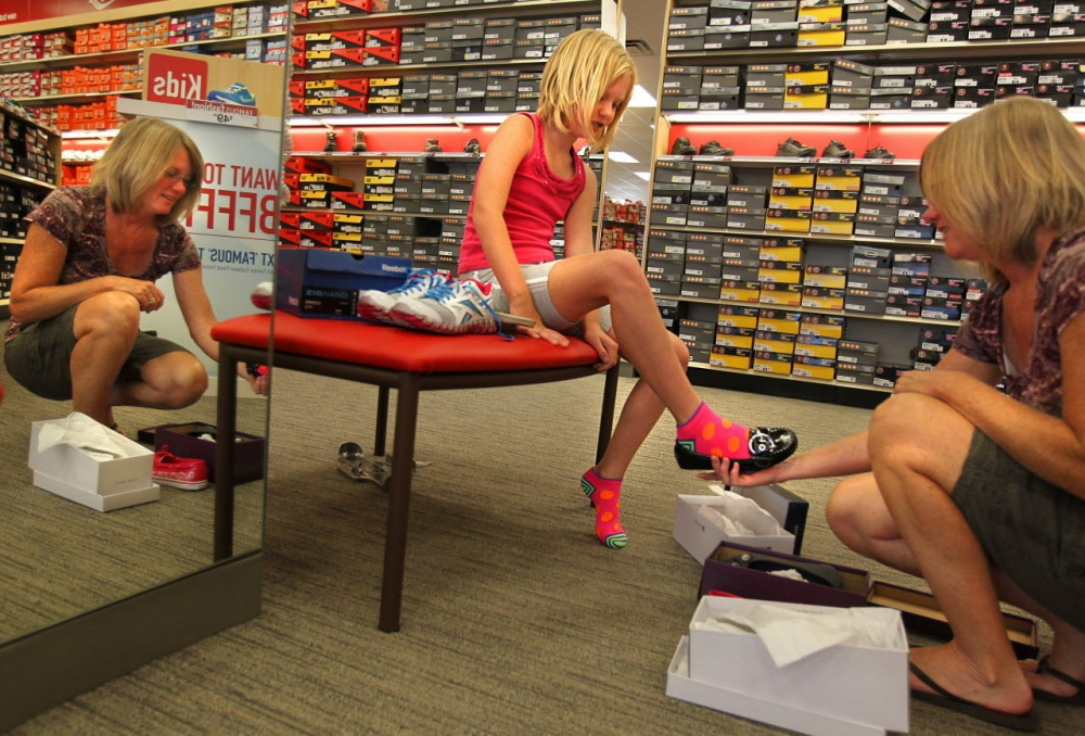 Discounts lead to price wars and bankruptcy of retailers