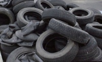 Fashion designers from Ethiopia make shoes from old car tires
