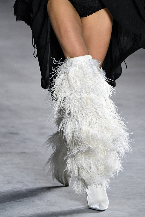 Shoes of the day: Saint Laurent boots decorated with ostrich feathers