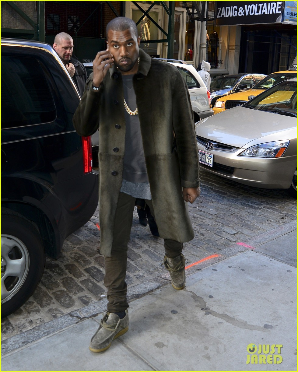 Kanye West в Wallabees