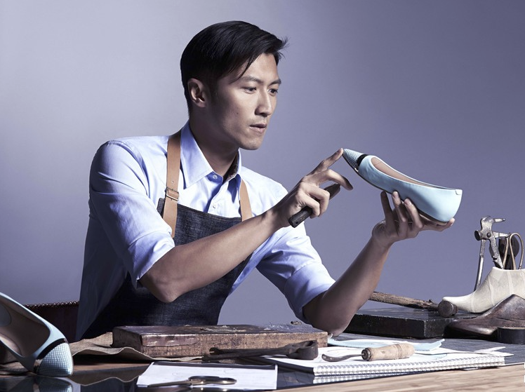 Come i giganti cinesi online stanno cambiando il mercato delle scarpe russo