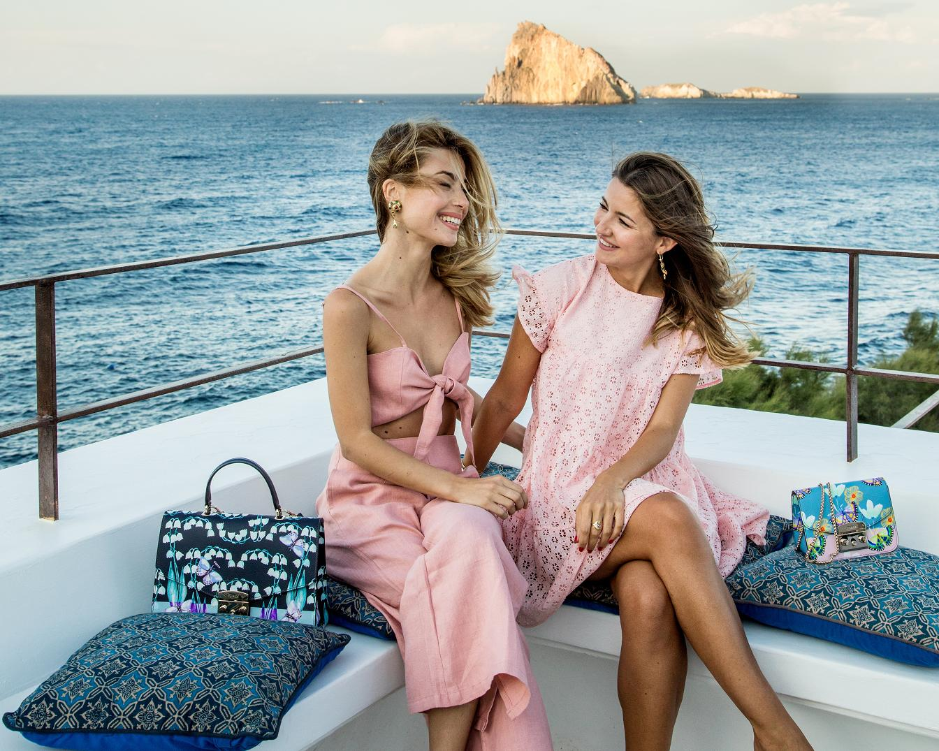 FURLA in a new digital project has become a guide to Italy