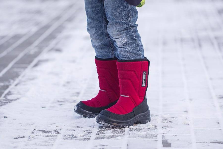 Nordman offers children's shoes for frost and slush