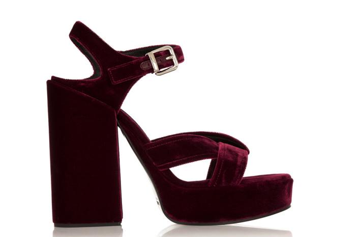 Summer trend - velvet shoes