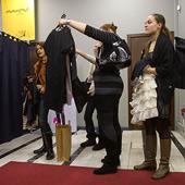 Traditional Retailers Seeking Advice on Internet Merchants