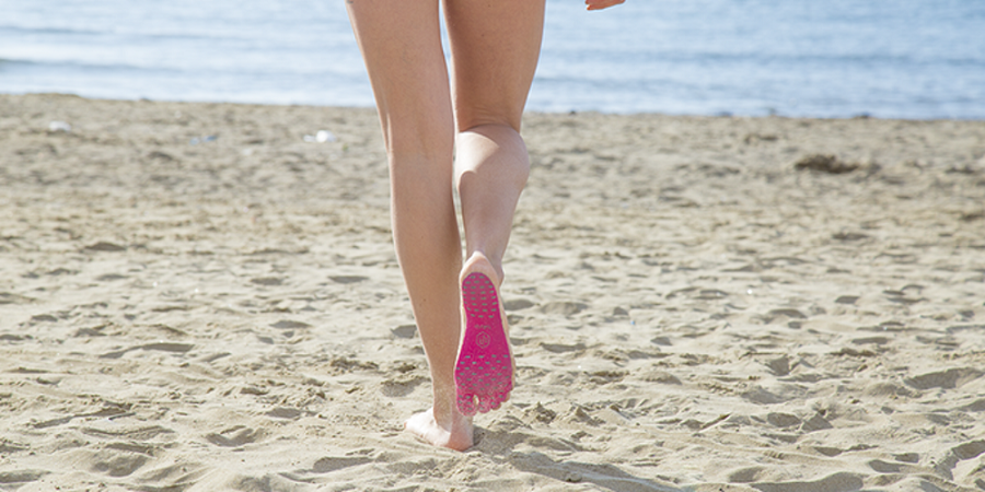 In Italy, came up with a new version of beach shoes Nakefit