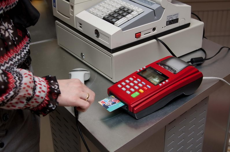 Transition of retailers to new cash desks may be delayed