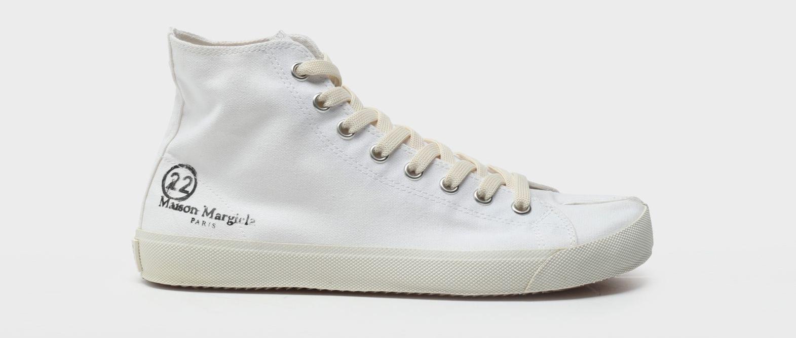 Maison Margiela Tabi Sneakers $ 495
