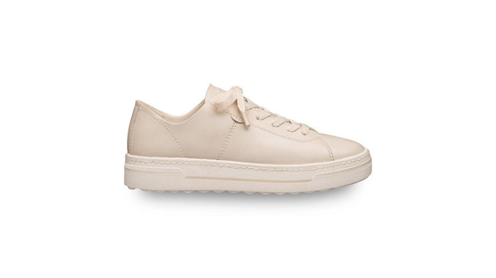Sul mercato compaiono modelli e collezioni di calzature realizzate con materiali vegetali e riciclati