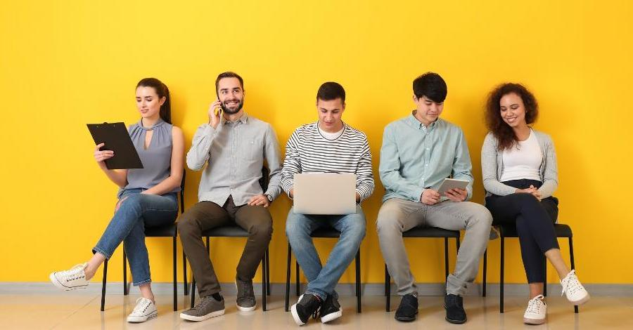 Generation Z: to take or not to hire? How to train and adapt young salespeople