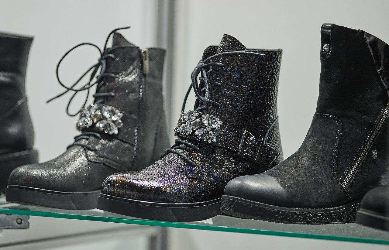 Scarpiera turca a Euro Shoes Premiere Collection